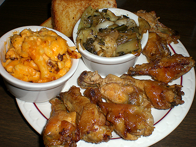 Chicken wings w/collard greens and mac & cheese
