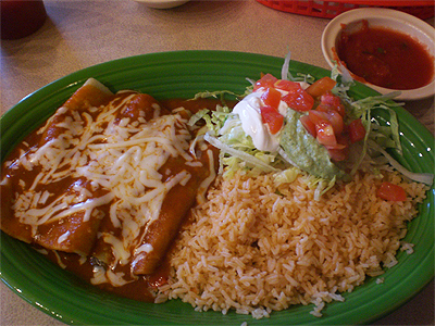 Spinach enchiladas from El Jinete